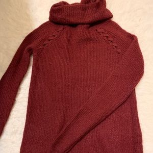 Brand new Hollister maroon turtle neck sweater